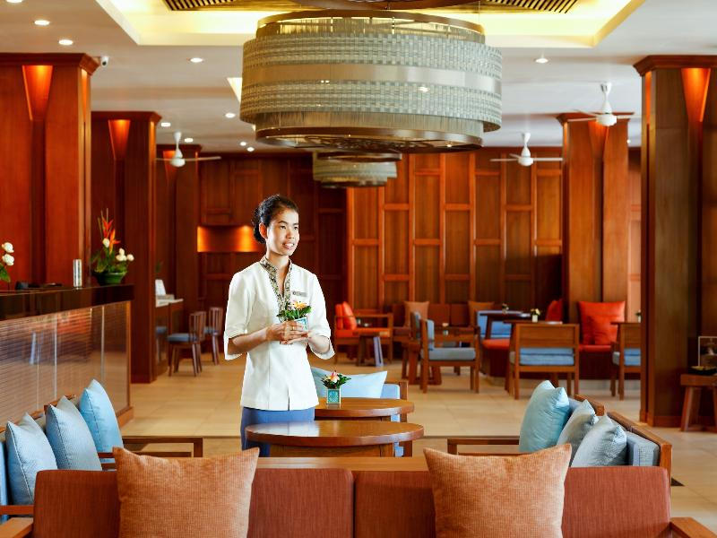 Lobby Centara Blue Marine Resort And Spa Phuket