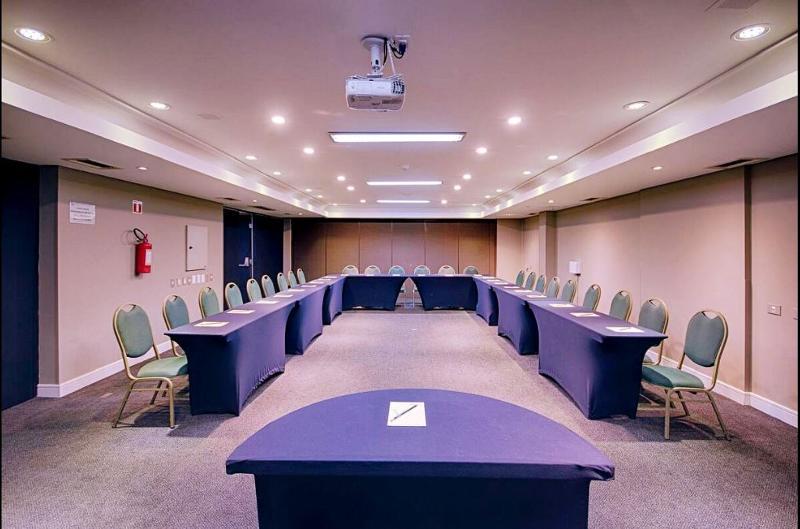 Victoria Villa - Conference - 4