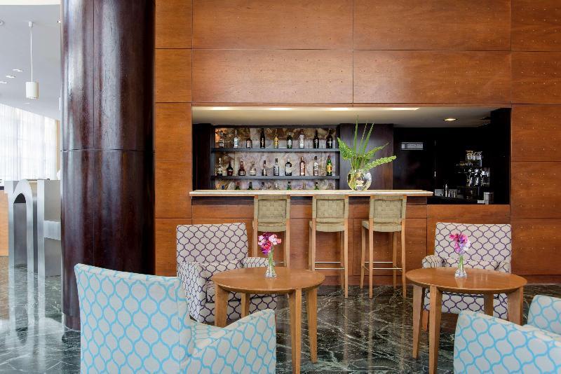 Bar Nh Buenos Aires Latino