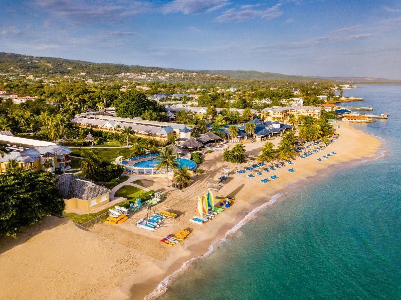 Breezes Runaway Bay Resort
