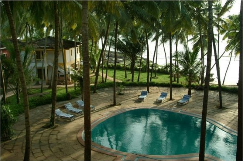 Pool Bambolim Beach Resort