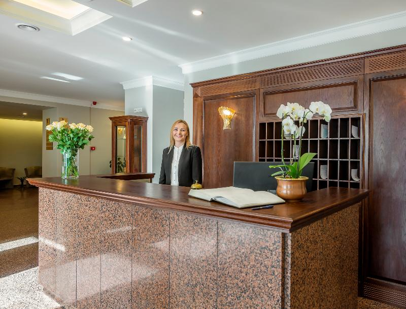 Lobby Ratonda Centrum Hotels