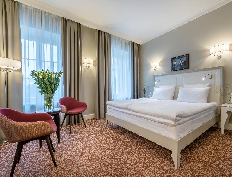 Room Ratonda Centrum Hotels