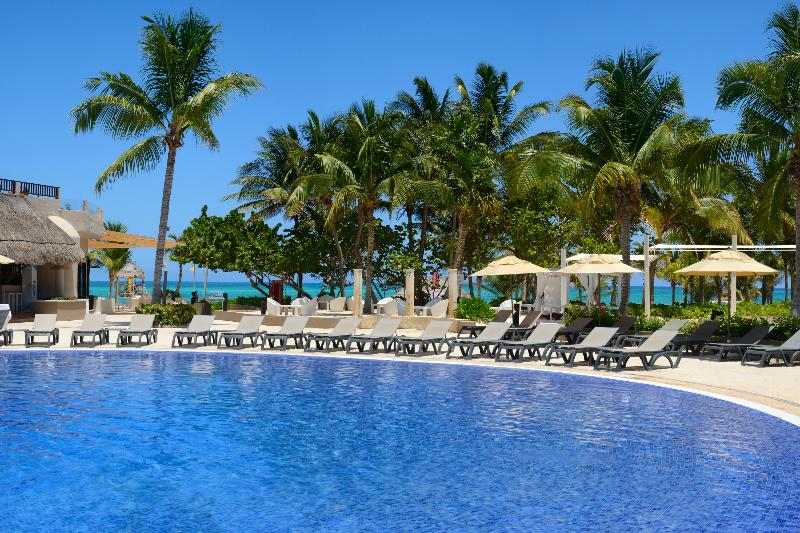 Pool Catalonia Playa Maroma All Inclusive