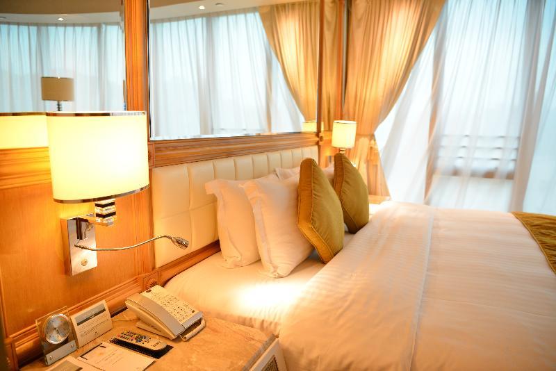 Room Regal Hongkong Hotel