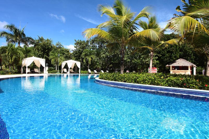 Luxury bah a pr ncipe cayo levantado adults only hotel for Hotel luxury cayo levantado