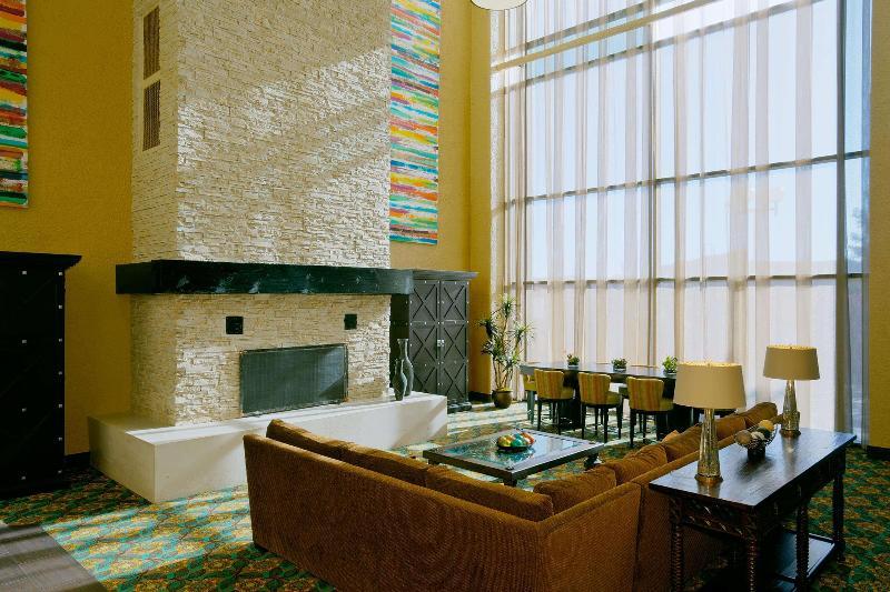 Lobby Doubletree By Hilton Santa Fe