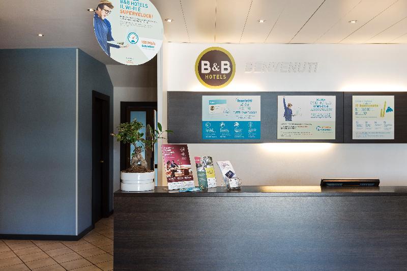 Lobby B&b Hotel Bologna