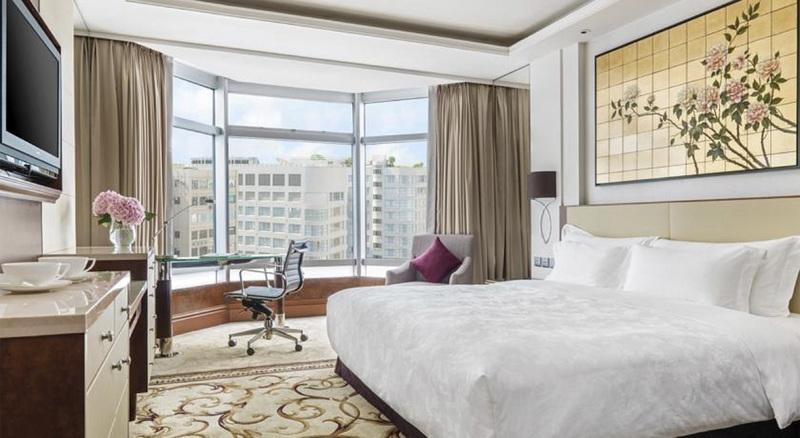 Room The Langham Hong Kong