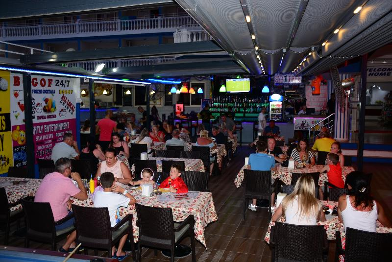 Bar Mustis Royal Plaza