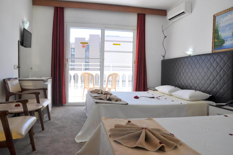 Room Mustis Royal Plaza