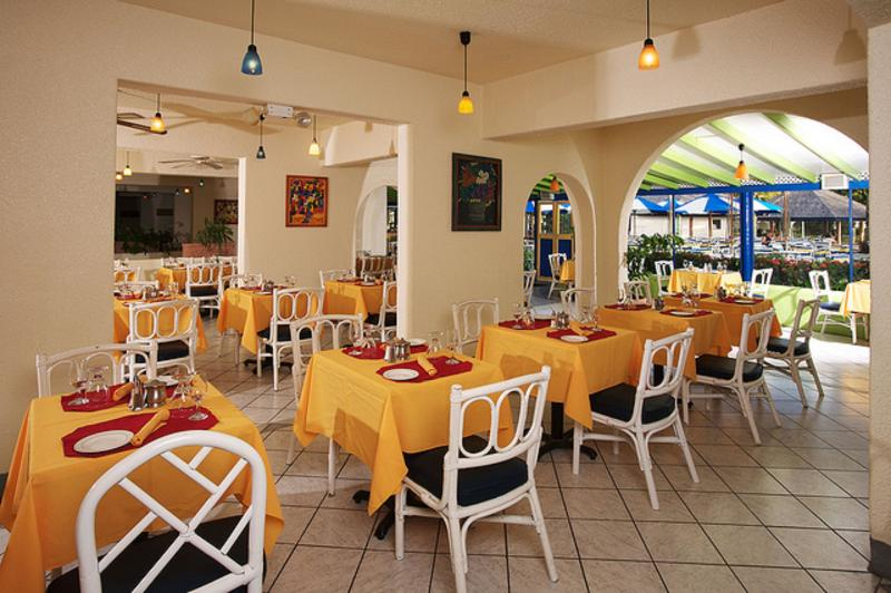 Restaurant Starfish Jolly Beach Resort - All Inclusive