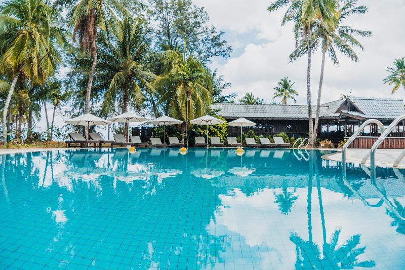Pool Berjaya Tioman Resort