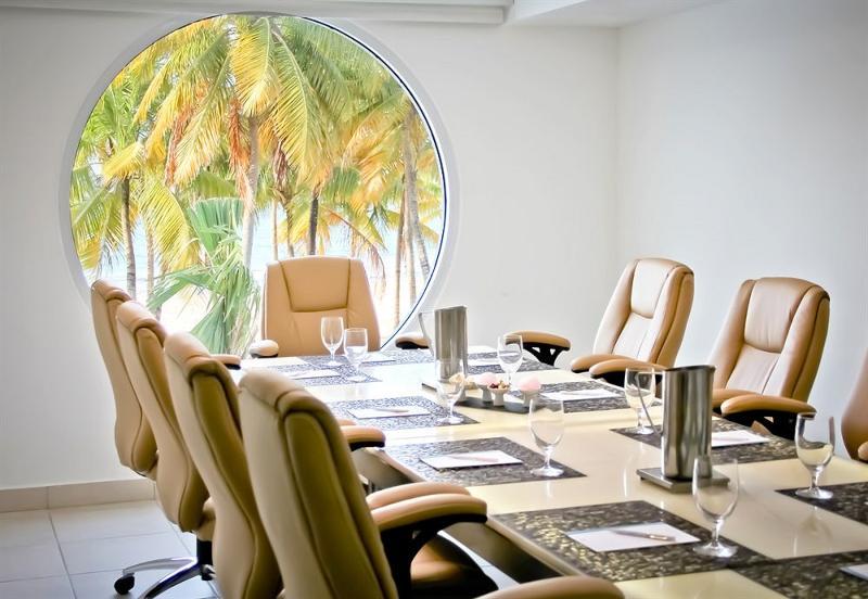 Conferences San Juan Water & Beach Club Hotel