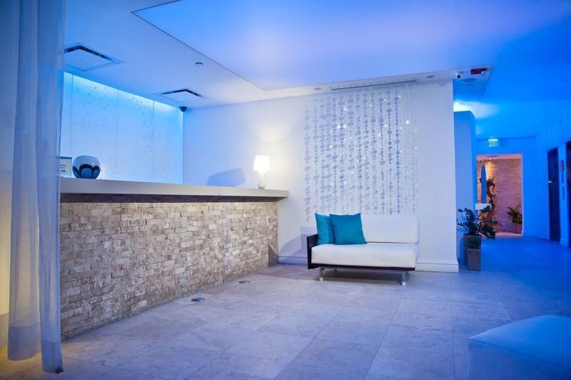 Lobby San Juan Water & Beach Club Hotel