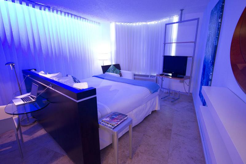 Room San Juan Water & Beach Club Hotel