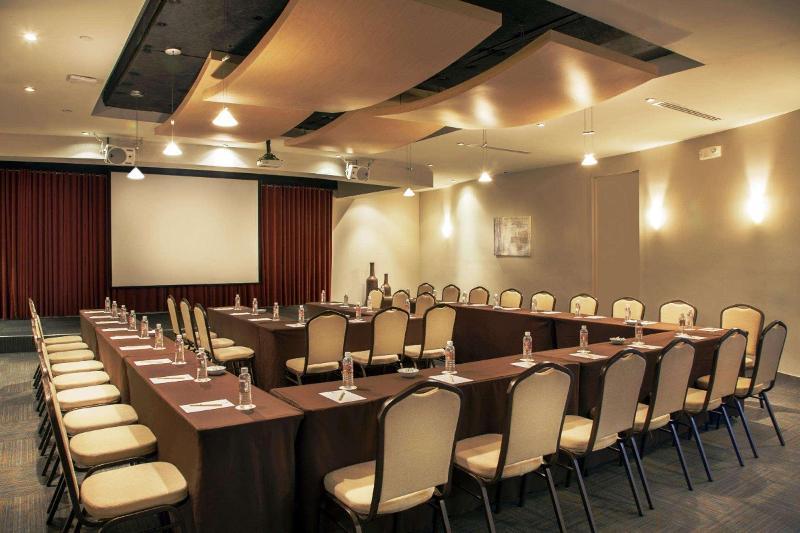 Conferences Doubletree By Hilton San Juan