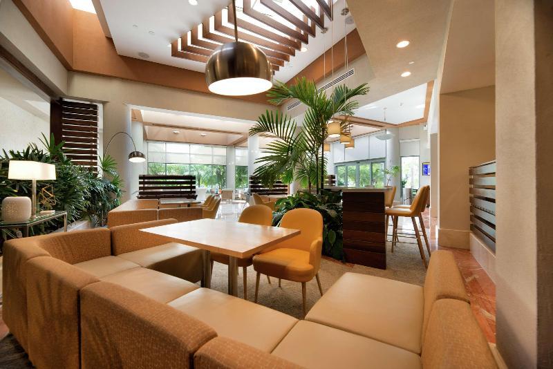 Lobby Doubletree By Hilton San Juan