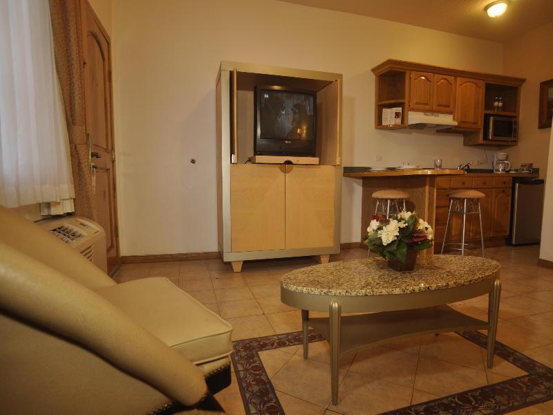 Room Business Hotel & Suites Maria Bonita
