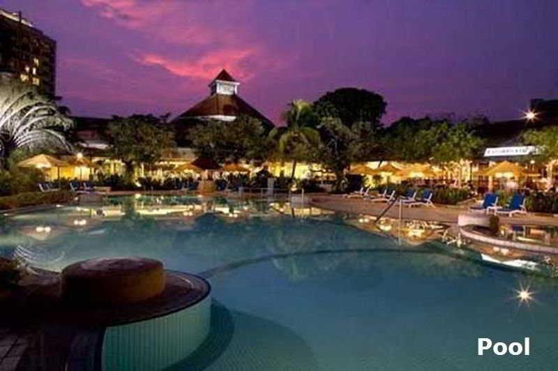 Pool Jen Tanglin Singapore