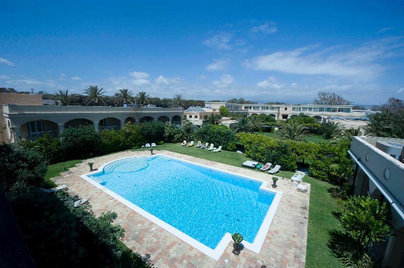 Pool Romano Palace Luxury