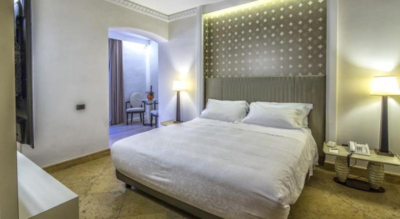 Room Romano Palace Luxury