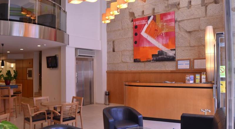 Lobby Hotel Ogalia
