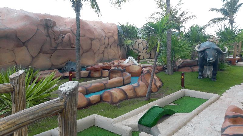 Sports and Entertainment Seadust Cancun Family Resort
