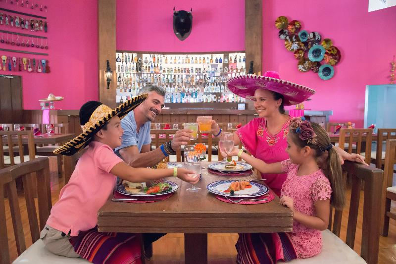 Restaurant Seadust Cancun Family Resort
