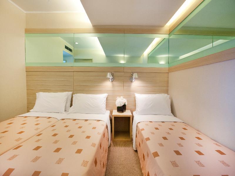 Room Silka Far East