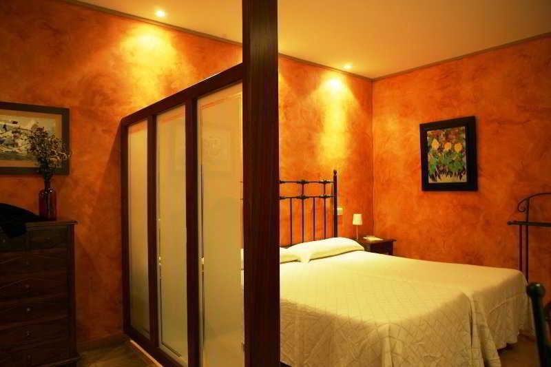 Room Mas Pau