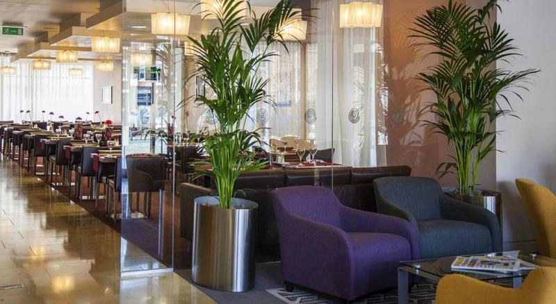 Bar Maldron Hotel Smithfield