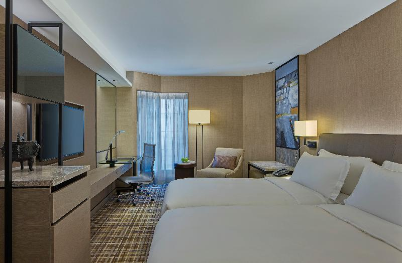 Room New World Millennium Hong Kong Hotel
