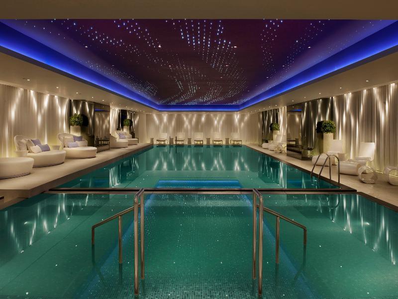 Pool The Mira Hong Kong