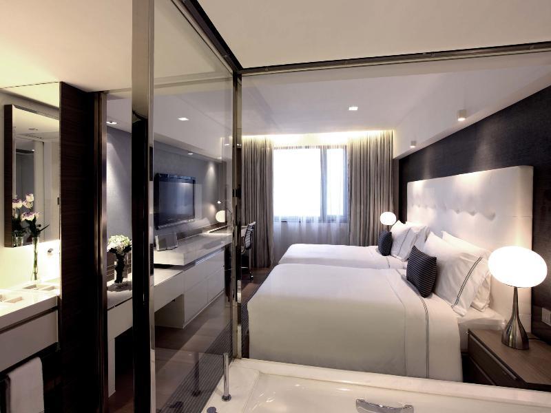 Room The Mira Hong Kong