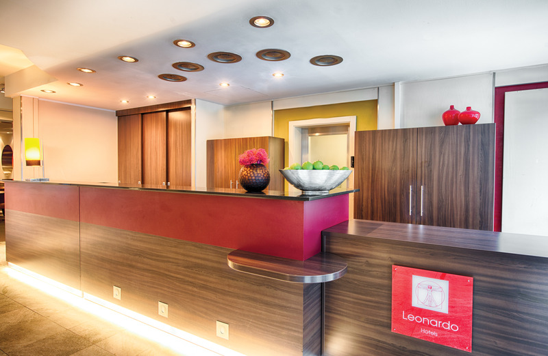 Lobby Leonardo Hotel & Residenz Muenchen