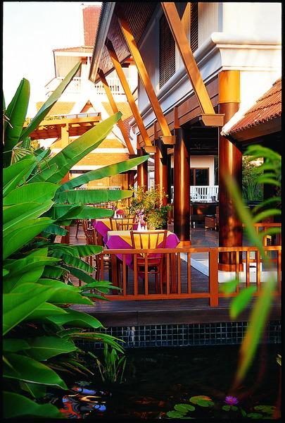 Lobby Kata Poolside Resort