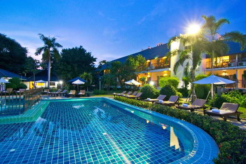 Pool Sunshine Garden Resort Pattaya