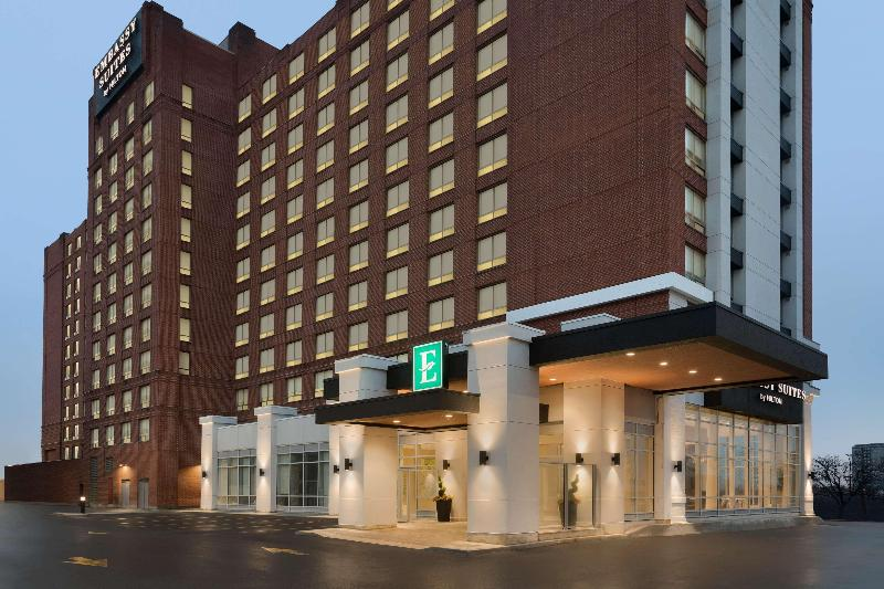 General view Embassy Suites By Hilton Toronto Airport