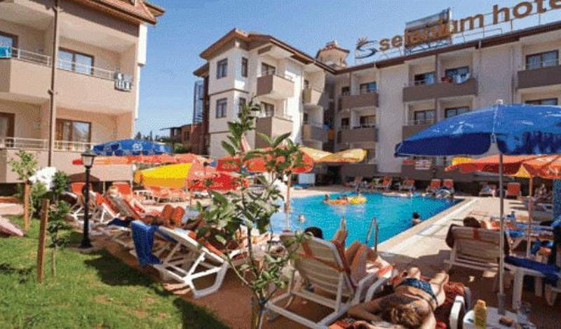 Pool Selenium Hotel