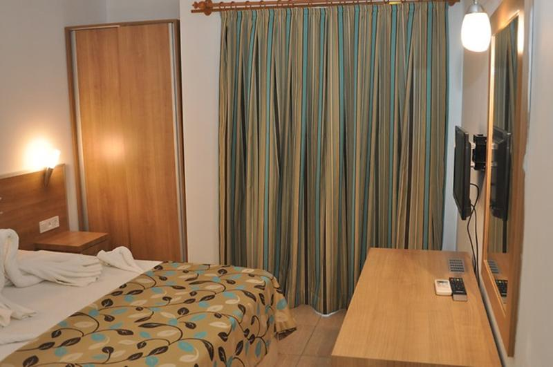 Room Selenium Hotel
