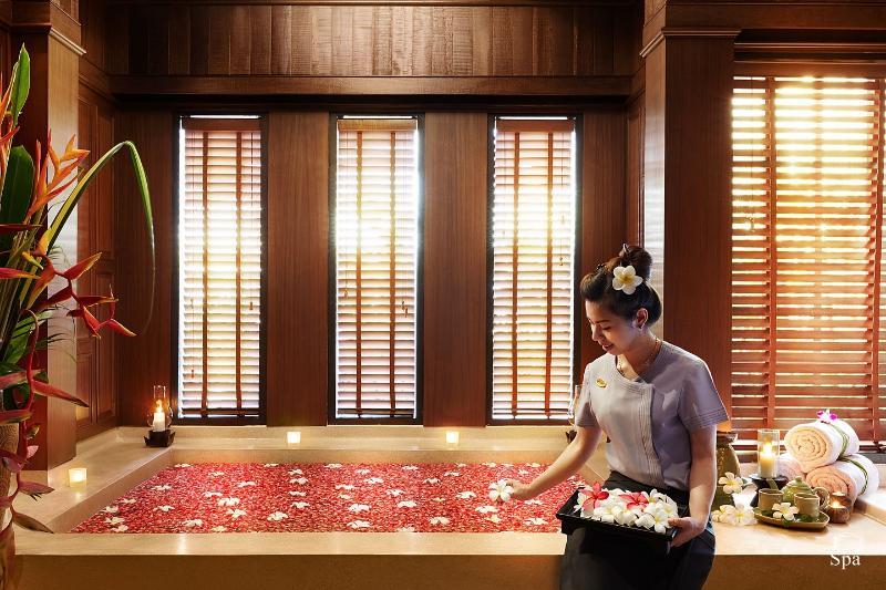 Sports and Entertainment Bo Phut Resort & Spa