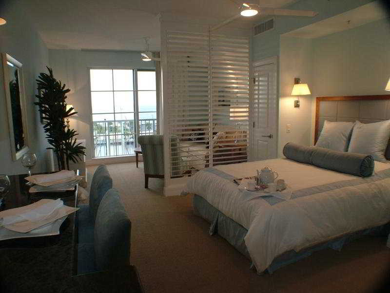 Room The Resort & Club At Little Harbor