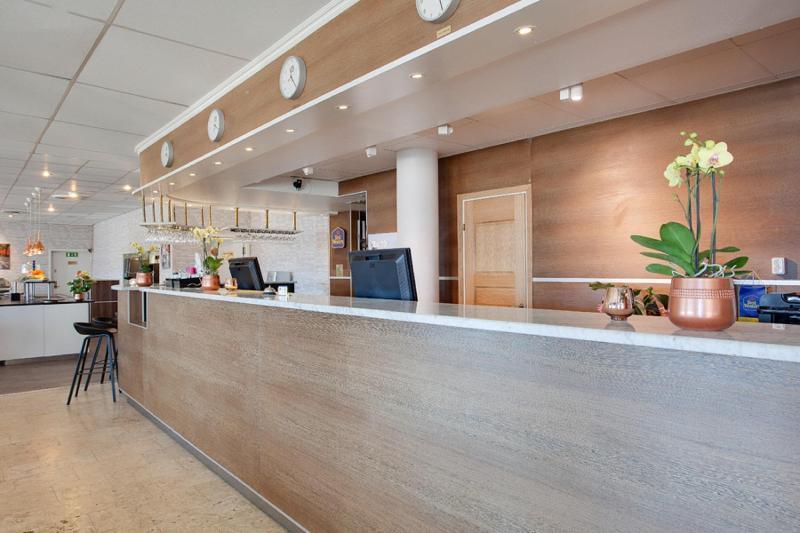 Lobby Best Western Capital Hotel