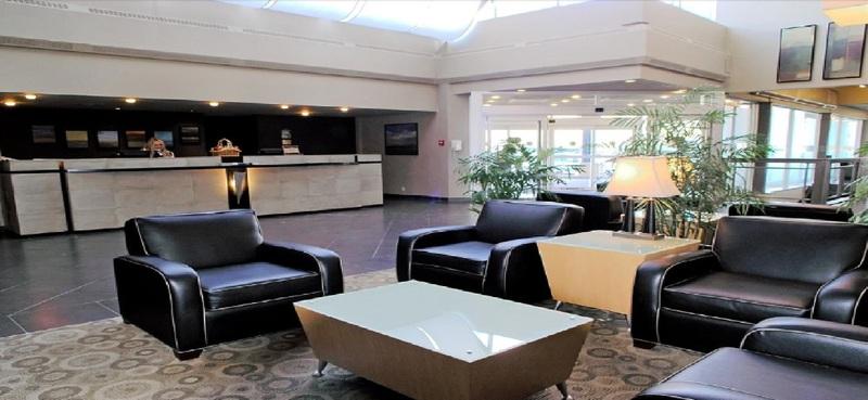 Lobby Delta Hotels Calgary South