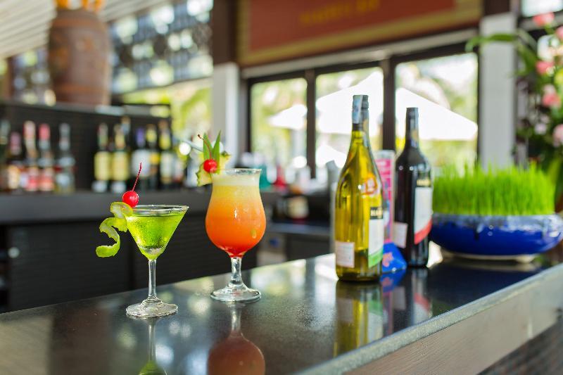 Bar Hoi An Beach Resort