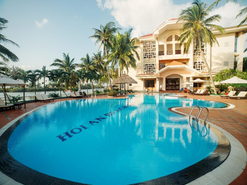 Pool Hoi An Beach Resort