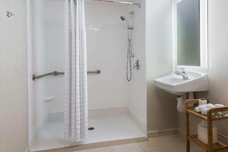Room Homewood Suites Bonita Springs