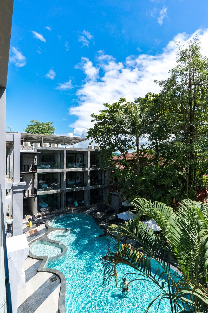 Pool Suwan Palm Resort