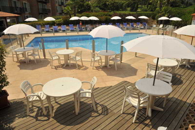 Pool Inter-hotel Le Domaine De L\'albatros